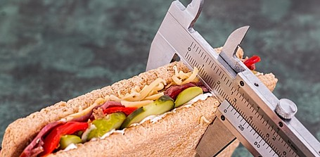 Wie genau sind die Angaben zu Kalorien und Fett im Fettrechner?